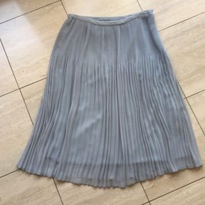 Zara Basic grey pleated skirt EUC Size M
